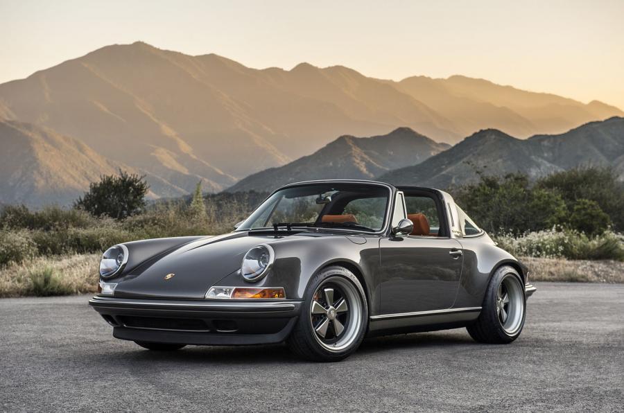 Singer-Porsche-911-Targa-3